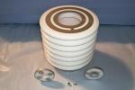 Isolerdelar av keramik